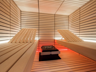 sentiotec-led-light-sauna