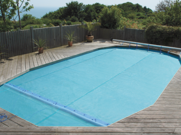 Solar, Winter & Thermal Swimming Pool Covers