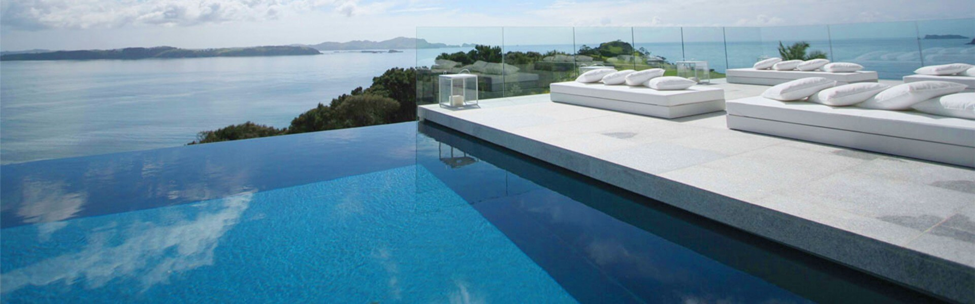 Swimmingpool  Home - Swimmingpool